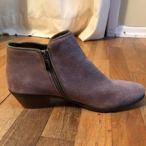 Barely worn suede Crown Vintage ankle boots.